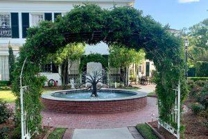 LFF_Blog_April2021_Mansion_GardenPhotos06