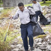 Fox Pest Control sends volunteer employees_090_1